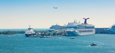 fort lauderdale: Busy cruise ship port in Ft  Lauderdale, Florida
