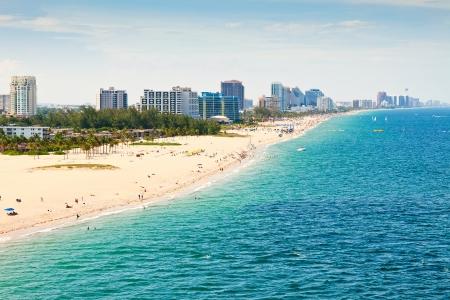 Vue aérienne de la plage de Fort Lauderdale Banque d'images - 17101323