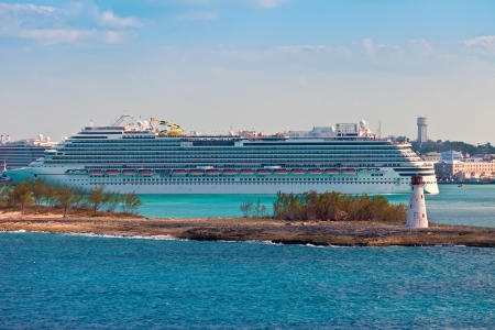 Cruise ships entering and departing from the port of Nassau, in the Bahamas  Stock Photo - 17679068
