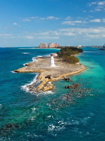 Tip of Paradise Island, with Lighthouse, in Nassau, Bahamas Imagens