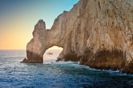 La formation rocheuse naturelle appelée l'Arche à Cabo San Lucas, au Mexique Banque d'images - 21263559