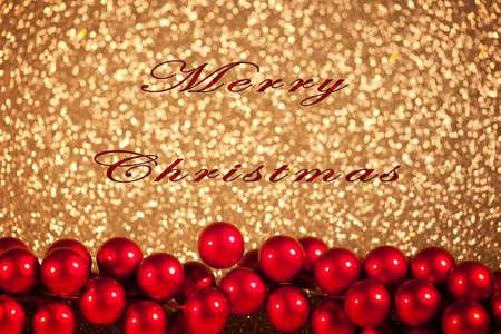 merry christmas text: Tarjeta de Navidad con Feliz Navidad texto, bayas rojas y un fondo brillante