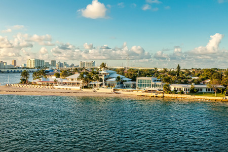 Intercoastal waterway and cruise port in Fort Lauderdale, Florida Standard-Bild