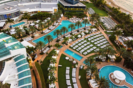 oceanfront: Miami, FL, USA - Mar. 15, 2015:  Scenic view of the luxurious and historic Fontainebleau Resort.  This oceanfront resort in South Beach made it