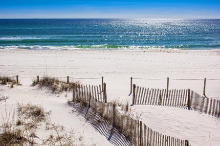 Les belles plages de sable blanc et le golfe du Mexique à Panama City Beach Banque d'images - 46585429