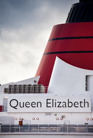 luxury liner: Ft. Lauderdale, FL - Jan. 16, 2011:  Cunards Queen Elizabeth cruise ship anchored in Port Everglades in Ft. Lauderdale, FL.