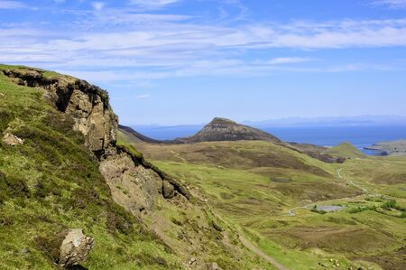 The Quiraing is a landslip on the eastern face of Meall na Suiramach, on the Isle of Skye, Scotland Imagens