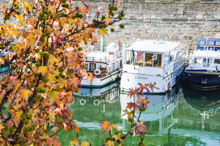 ile de la cite: Port Arsenal in Paris, France Stock Photo