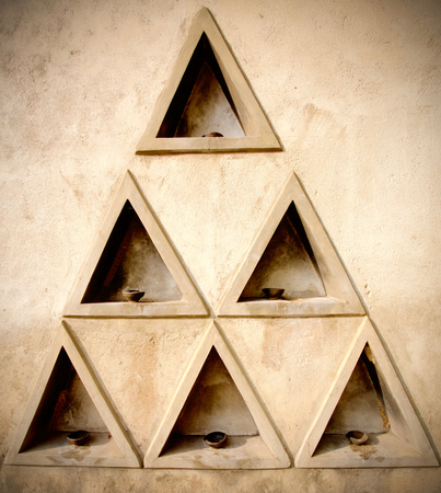 A formation of many triangles on the wall on Sri Lanka