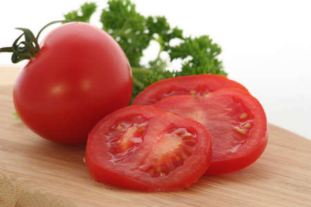 Sliced tomato with parsley