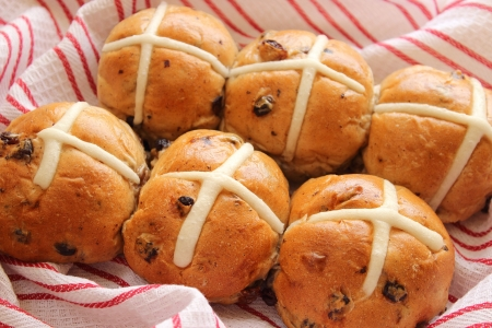 british food: Hot cross buns