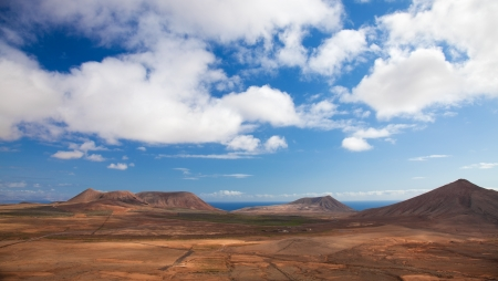 Inland Fuerteventura, northern part of the island, Monatan Roja and Montana de Caima Stock Photo - 17405979