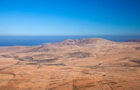 aborigin: Fuerteventura, view north from Tindaya mountain towards El Cotillo