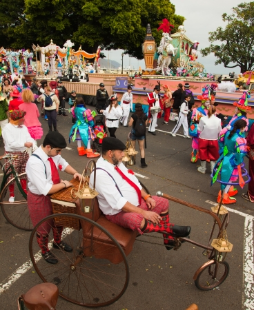 SANTA CRUZ, SPAIN - February 12: participants prepare and assemble for the carnival parade for one of the most important carnivals in the world on February 12, 2013 in Santa Cruz de Tenerife, Spain Stock Photo - 17951114