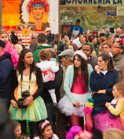 SANTA CRUZ, SPAIN - February 12: dressed-up audience awaiting  the parade for one of the most important carnivals in the world on February 12, 2013 in Santa Cruz de Tenerife, Spain Stock Photo - 18079938