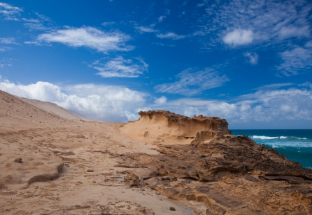 swell: Eroded  west coast of Fuerteventura at Jandia, close to La Pared Stock Photo