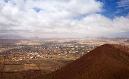 hondo: Northern Fuerteventura, Canary Islands, view towards Lajares from Calderon Hondo Stock Photo