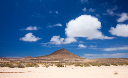 desolated: Inland Northern Fuerteventura, around Lajares