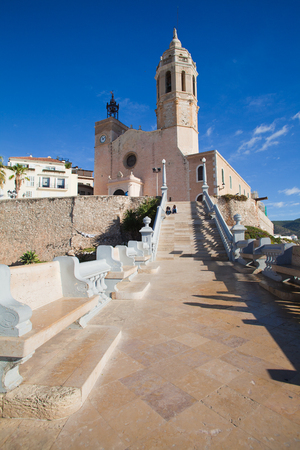 17th: Sitges, 17th century seaside church of Sant Bartomeu i Santa Tecla Editorial