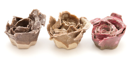 kindling: rose kindling - flower shape made of egg containers dipped in stearin, used as kindling