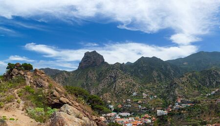 vallehermoso: La Gomera, Vallehermoso village, volcanic plug Roque Cano above Stock Photo