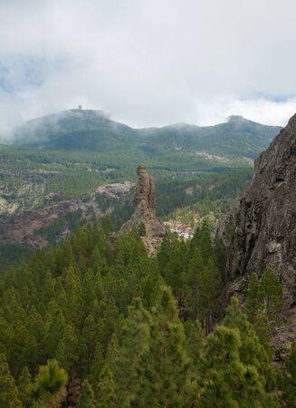 friar: Gran Canaria, Caldera de Tejeda, approaches to Roque Nublo, El Fraile (Monk, Friar) rock formation, Pico de las Nieves in the background Stock Photo