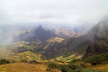 both sides: Gran Canaria, Caldera de Tejeda, Clouds rolling into the caldera on both sides