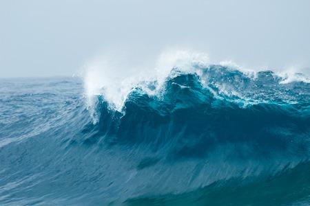 powerful ocean waves breaking natural background