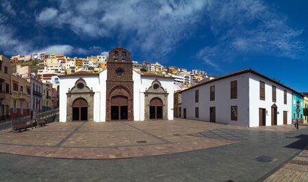 gotico: Vista panor�mica de la Iglesia de Nuestra Se�ora de la Asunci�n, San Sebasti�n de La Gomera, Islas Canarias