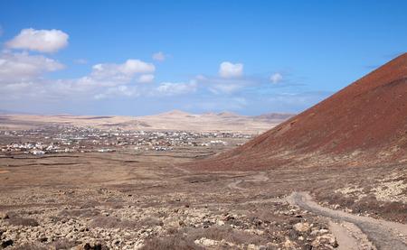 hondo: Fuerteventura, Canary Islands, path from Lajares to Calderon Hondo, under slopes of Montana Colorada