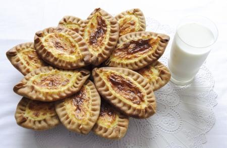 finland�s: Tradicionales tortas de Carelia finlandesa y con patatas