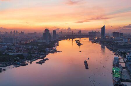 bangrak: Chao Phraya River at Sunrise, Bangkok, Thailand