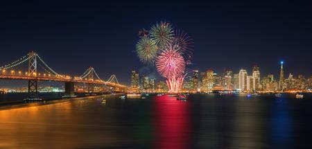 Nowy rok fajerwerków w San Francisco, Kalifornia, USA