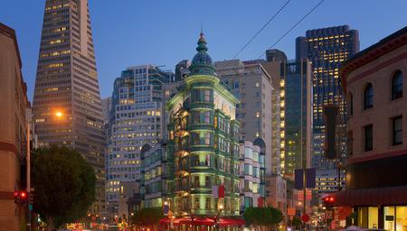 coit: Financial district, San Francisco, California, USA