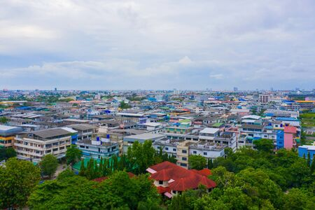 Aerial top view of residential buildings in Bangkok, Thailand. Urban city in Asia at noon. Landscape background. 写真素材 - 129509286