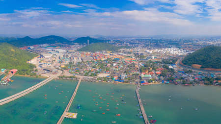 Aerial view of Pattaya sea, beach in Thailand in summer season, urban city with blue sky for travel background. Chon buri skyline. Banco de Imagens