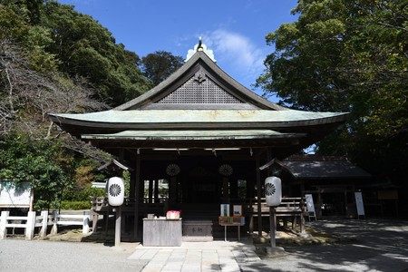 Scenery of the precincts of Japanese shrine 写真素材 - 133337252