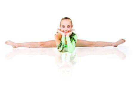 leotard: Wenig Ballett-T�nzerin, die isoliert auf wei�em Hintergrund  Lizenzfreie Bilder