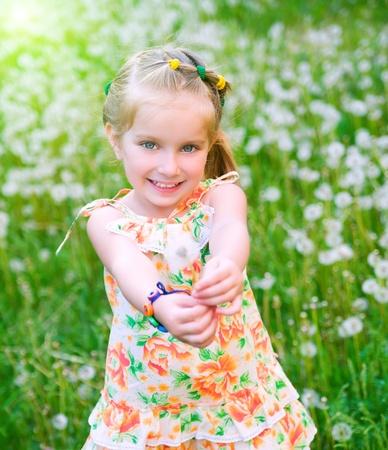 florecitas: Linda niña en el Prado