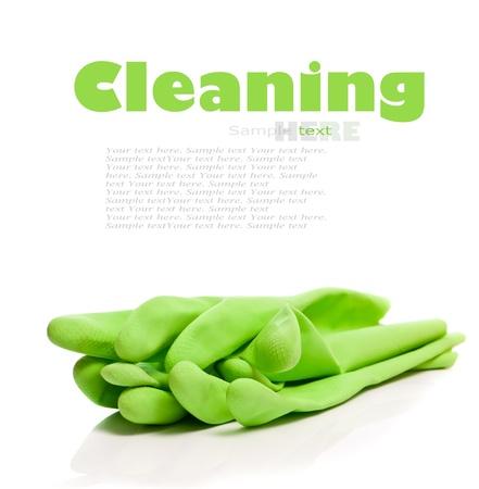 limpieza del hogar: Dispositivos para la limpieza en un fondo blanco