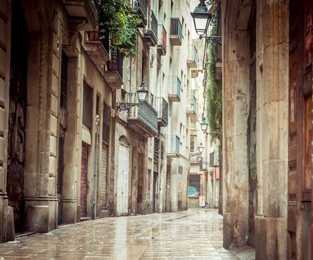 gotico: Viejas calles del Barrio Gótico de Barcelona, ??Cataluña. Foto de archivo