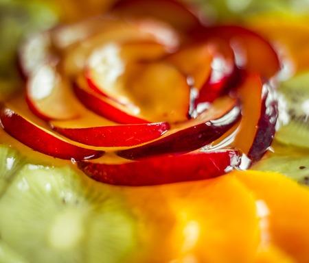 GELATIN: delicious berry tart, food closeup