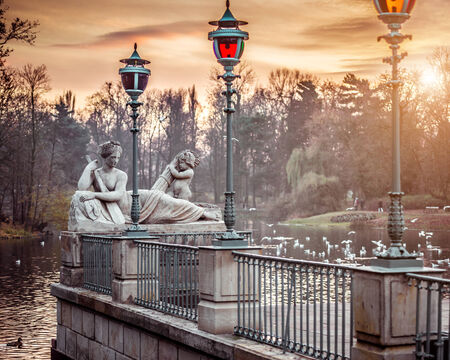 polska monument: Allegory of the Visla river, statue in Lazienki Park (Royal Baths Park), Warsaw, Poland