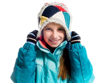warm clothes: bambina in vestiti caldi isolato su sfondo bianco