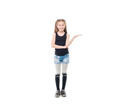 何かの広告の猫、ストッキングの少女