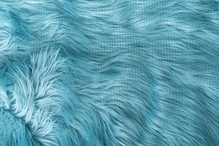 青い人工毛皮背景、平面図。