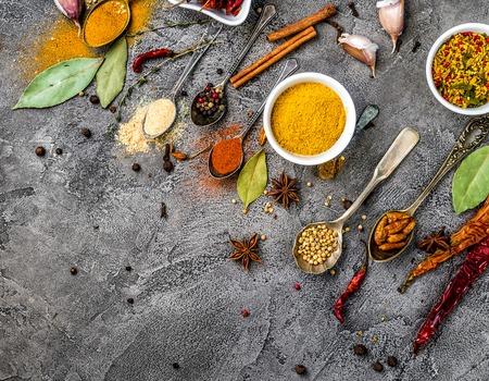 spices on white wooden background Zdjęcie Seryjne