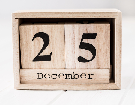 Wooden calendar that shows twenty fifth of december Stok Fotoğraf