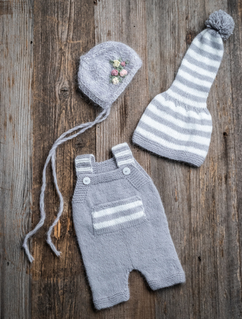 knitted newborn baby clothes