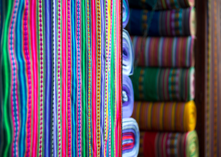 Traditional peruvian fabric in market 스톡 콘텐츠 - 124175174